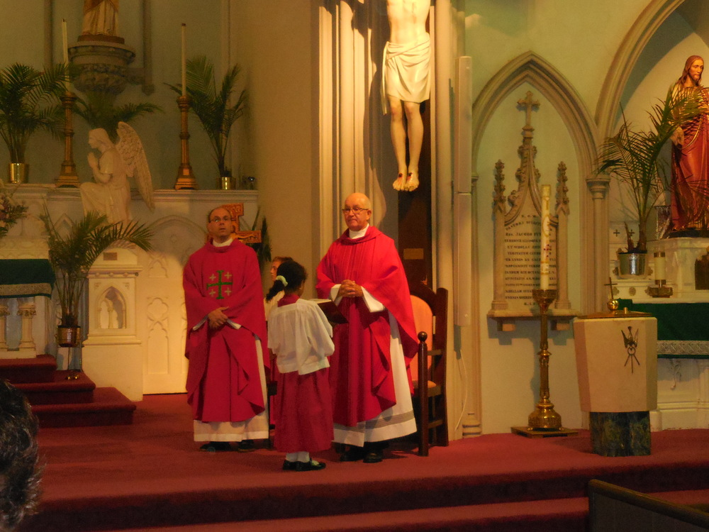 Begginhing of school Mass 004.jpg