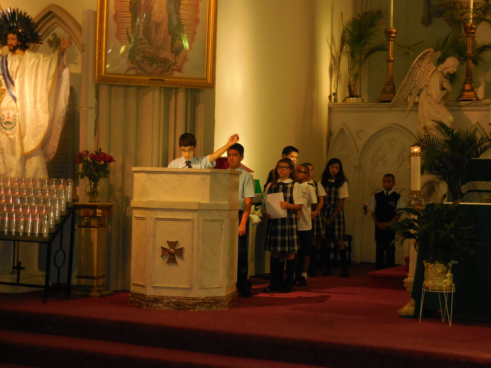 Begginhing of school Mass 009.jpg