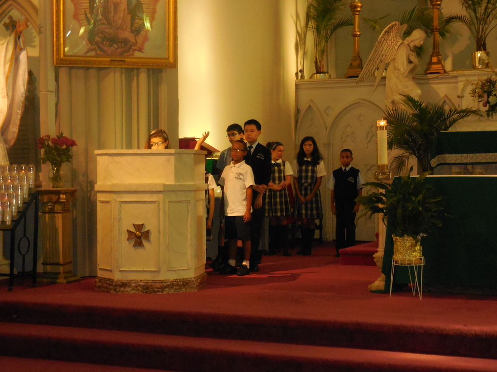 Begginhing of school Mass 010.jpg