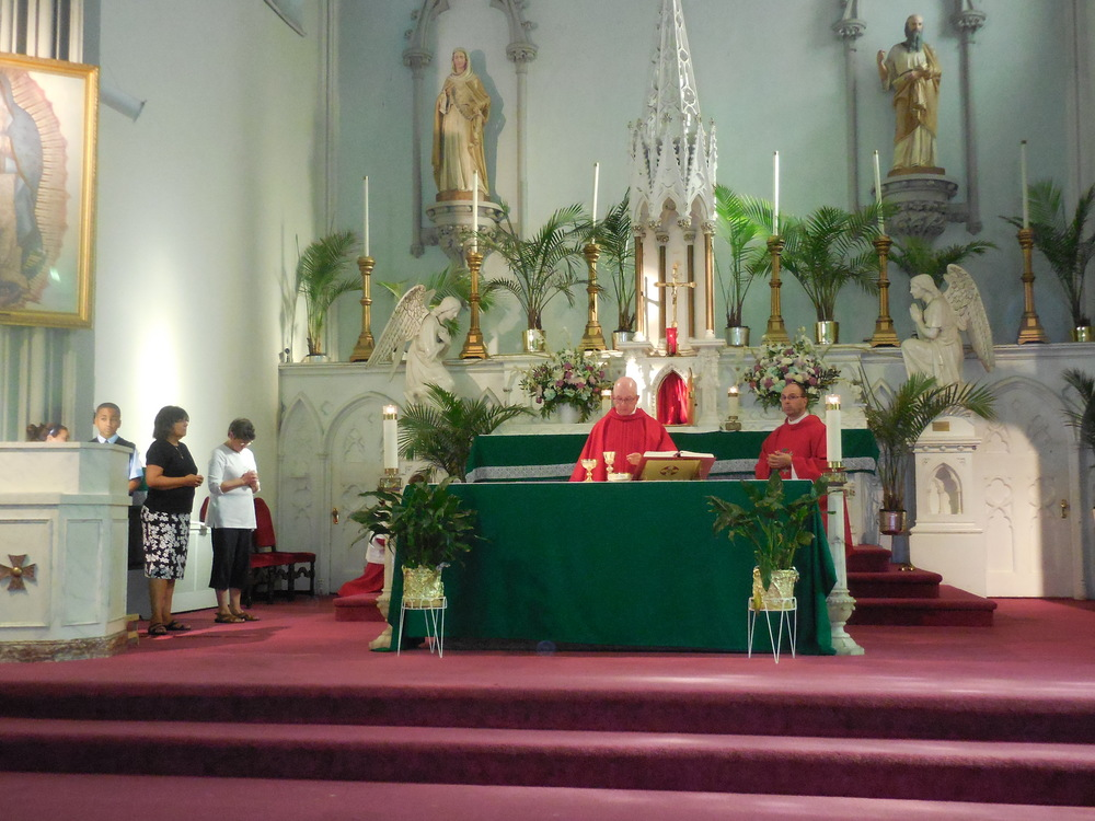 Begginhing of school Mass 018.jpg