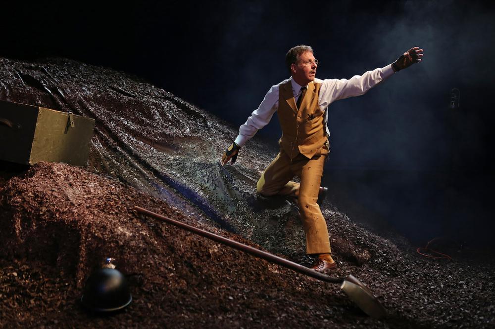 Martin Moran as Thornton Wilder.