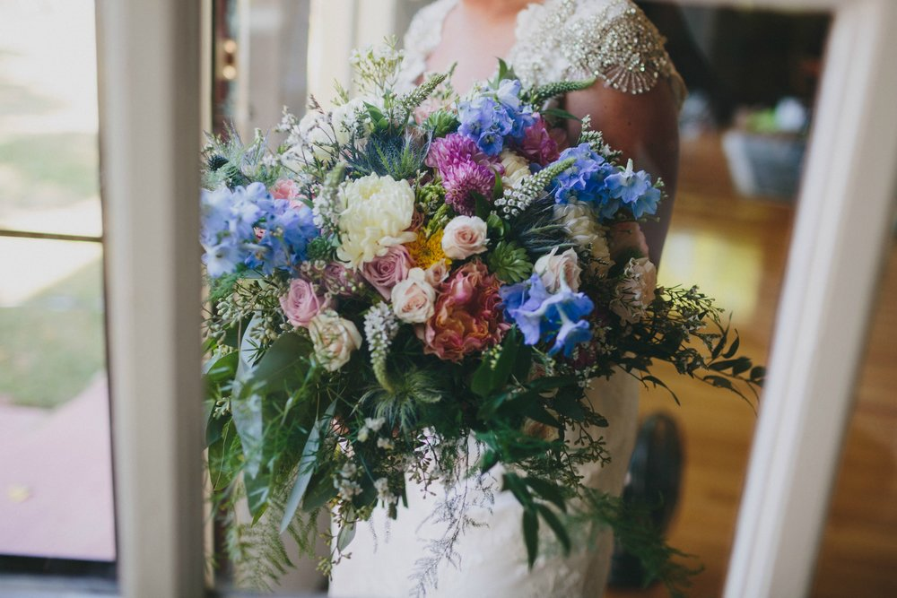 Still Totally Swooning over these Breathtaking Flowers. Photo by  Nickel City Studios