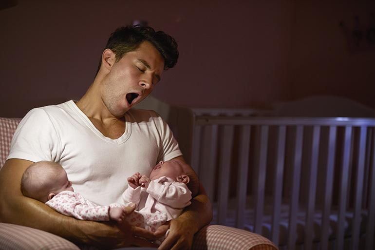 3-perche-i-papa-hanno-piu-difficolta-a-sentire-il-pianto-dei-figli-udisens-news.jpg