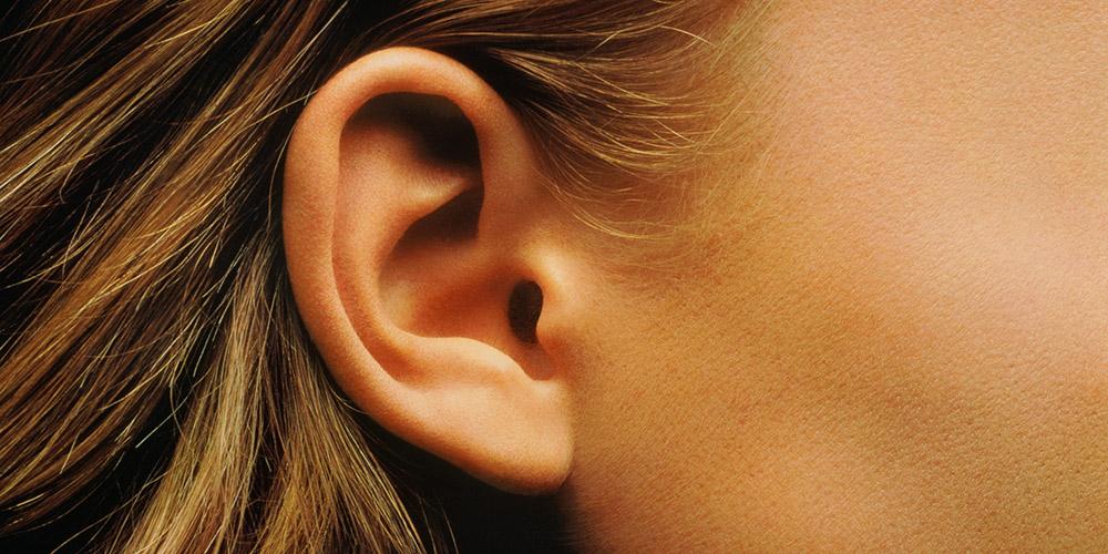 1-orecchie-tappate-ecco-le-cause-piu-frequenti-udisens-news.jpg