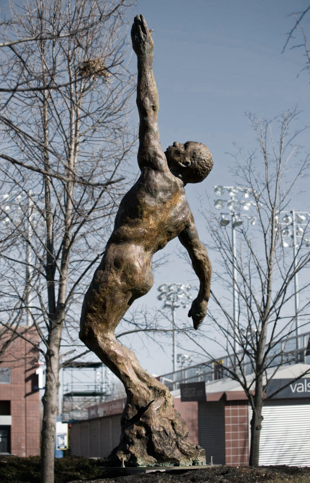 Soul in Flight, 2000. Bronze 175 1/2 x 68 x 50