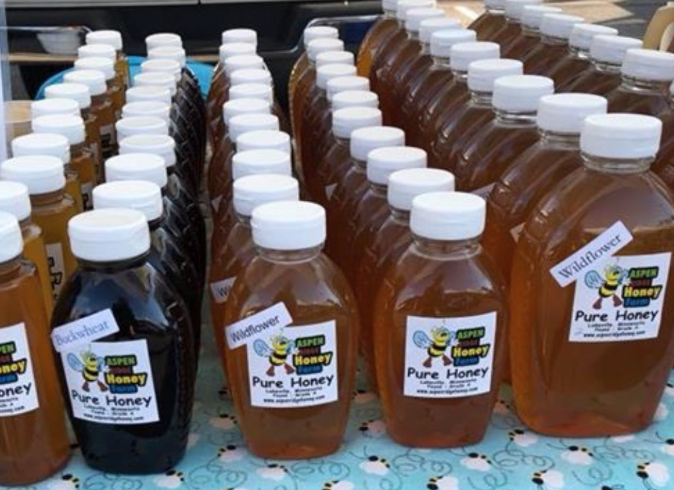 Aspen Ridge Honey Farm - We love bees!