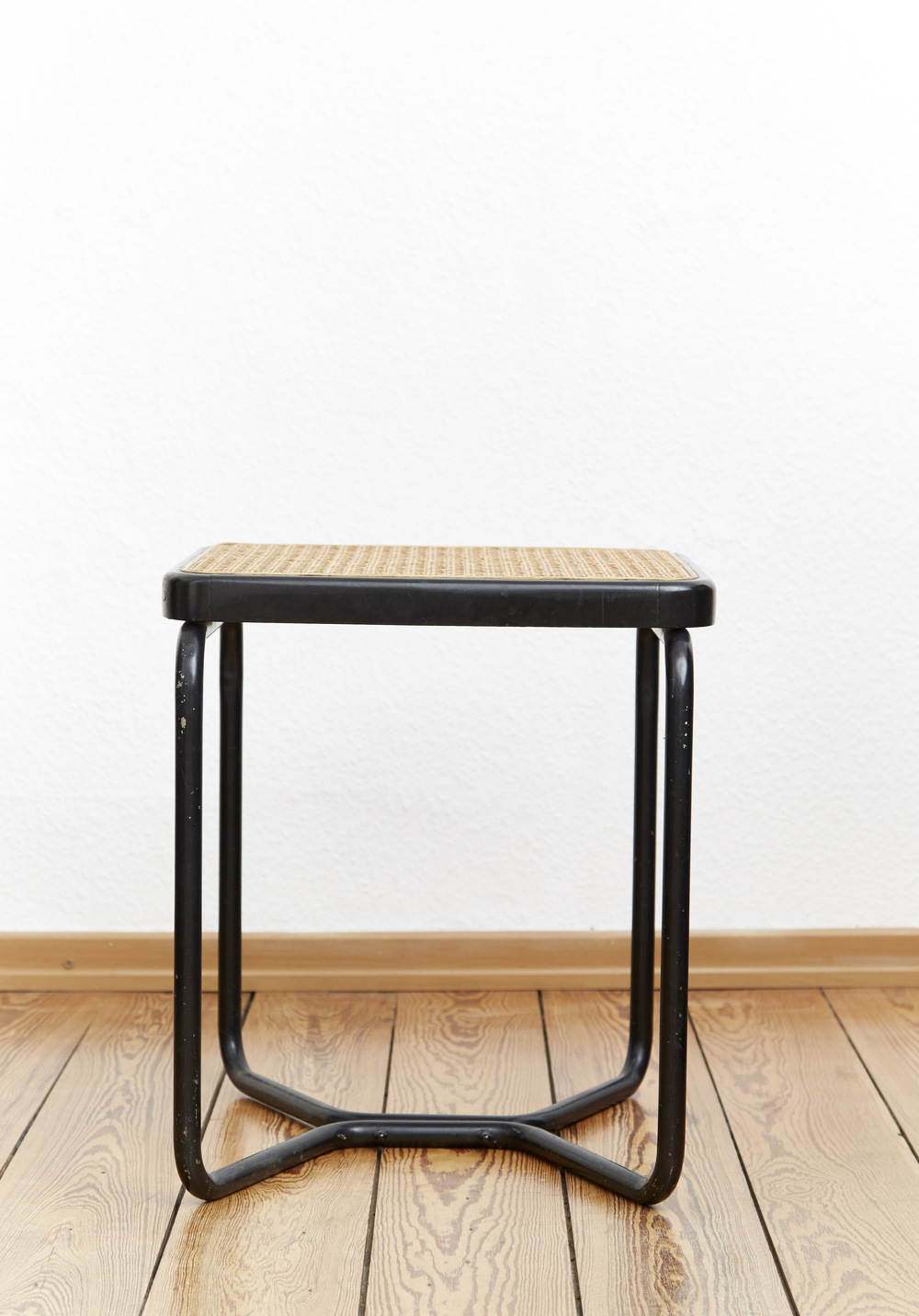 Sold Marcel Breuer I Hocker B56 I Thonet