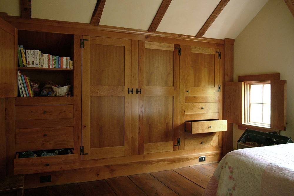 R-cottage-cabinet-open-x.jpg