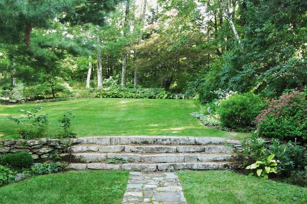 L-stone-steps.jpg