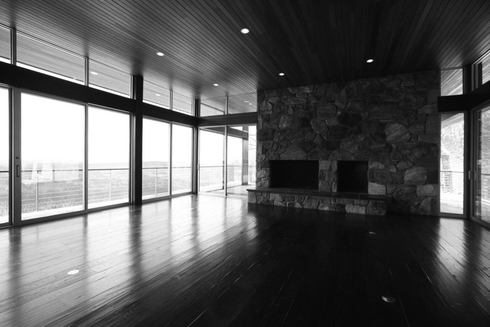 P-winter-interior-1W4X0024bw.jpg