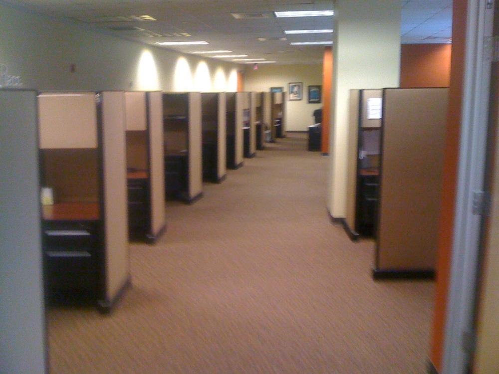 6'x6' cubicles herman miller.JPG