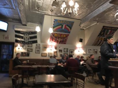 ($)Café Olimpico - 124 Saint-Viateur Street O.Italian coffee.