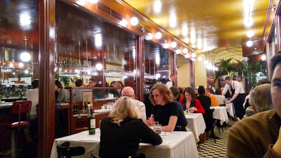 ($$)L'Express - 3927 rue St-DenisBistro français avec un menu déjeuner.