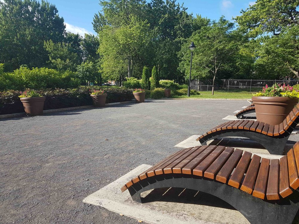 - Laurier Park