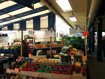 - Atwater Market(a walk on Notre-Dame Street)