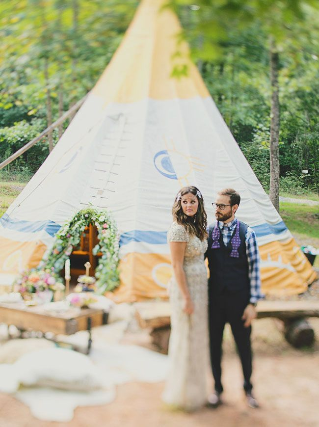 b4a1563686f13b9af89daa55117b4242--glamping-weddings-themed-weddings.jpg