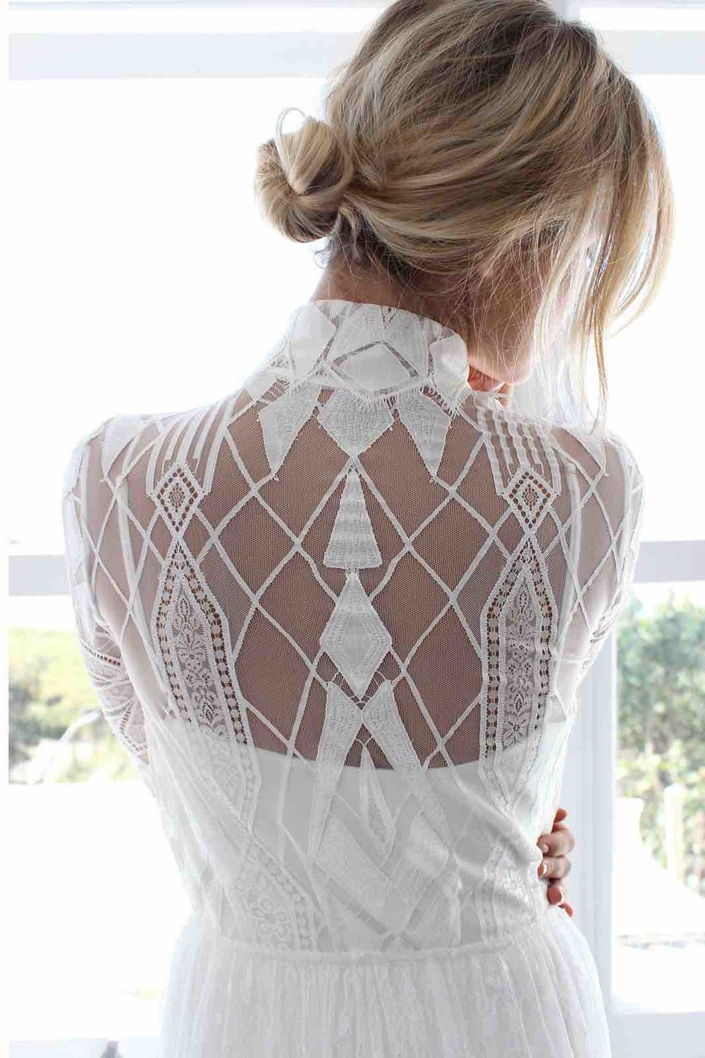 Jac+Robe+Back+-+Blanc+Collection+from+Grace+Loves+Lace.jpg