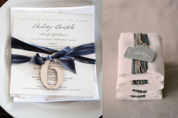 Velvet-Wrapped-Reception-Napkins1.jpg