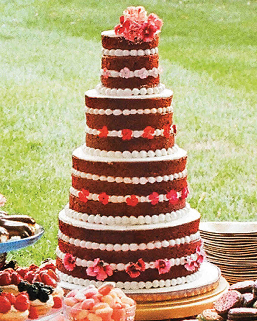 mfiona-peter-wedding-vermont-red-velvet-crop-d112512_vert.jpg