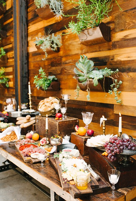 2015_bridescom-Editorial_Images-08-wedding-food-bar-ideas-Large-wedding-food-bar-ideas-Brklyn-View-Photography.jpg