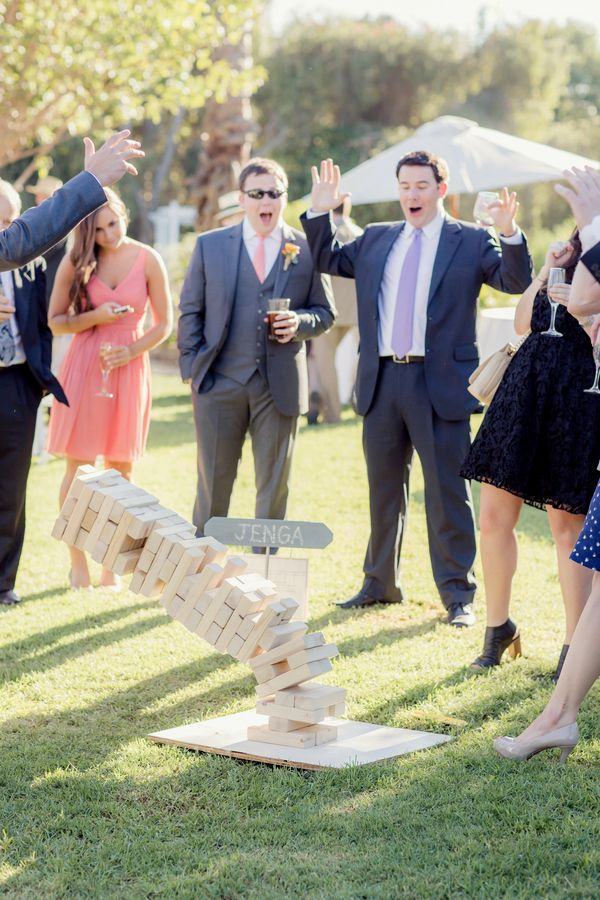 1ccb734d38f72be555e3d7fd5df28ec0--giant-jenga-wedding-games-fun-outdoor-games.jpg