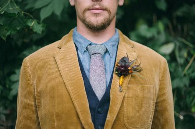06-mustard-velour-jacket-for-a-boho-fall-groom.jpg