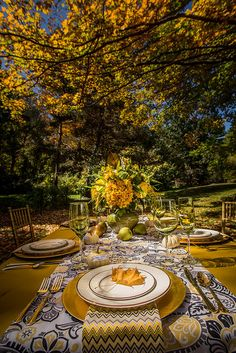 31c3f3d5ca01f78e7b5599a8b2625e3e--fall-wedding-wedding-decor.jpg