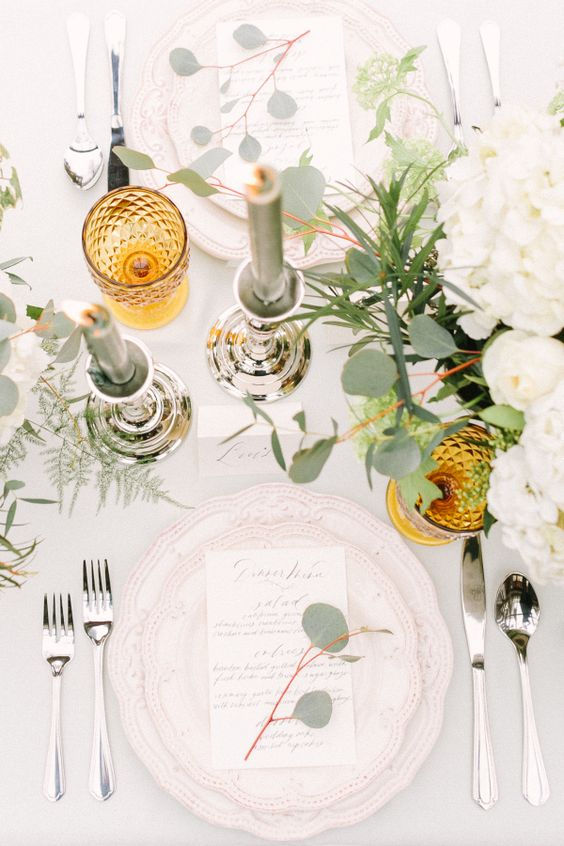 25-elegant-muted-table-decor-with-a-pop-of-mustard-for-timeless-fall-wedding-decor.jpg