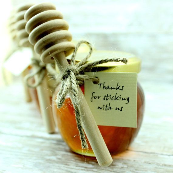 21a0f2bc92db893b75a996cacf136e14-honey-jar-favors-honey-wedding-favors.jpg