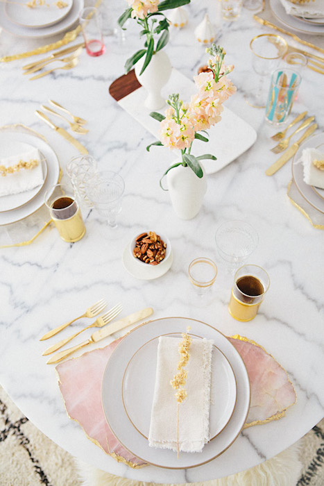 http-ahouseinthehills.com201437tabletop-styling-with-hostess-haven.jpg
