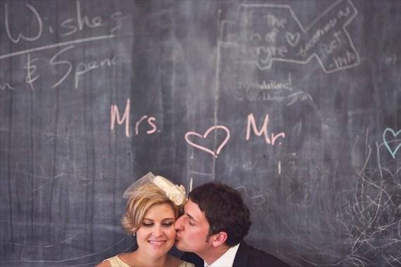 school-themed-wedding-mr-mrs-chalkboard.jpg