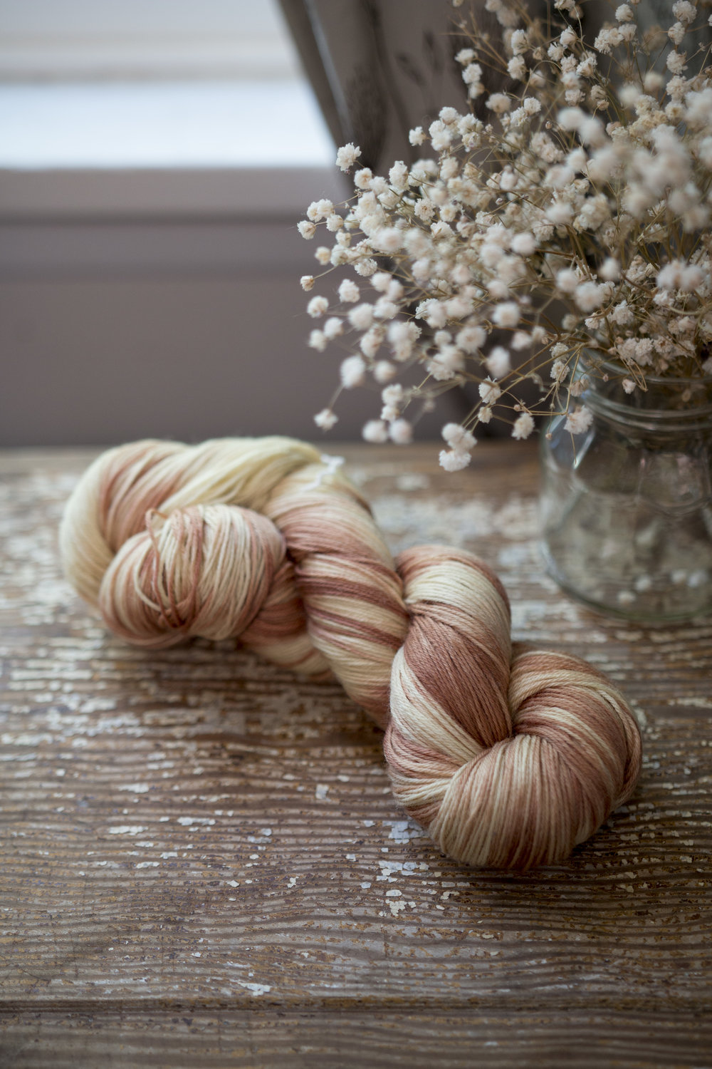 Avocado Stone + Queen Anne's Lace | Twist-dyed on SW Merino 75/25
