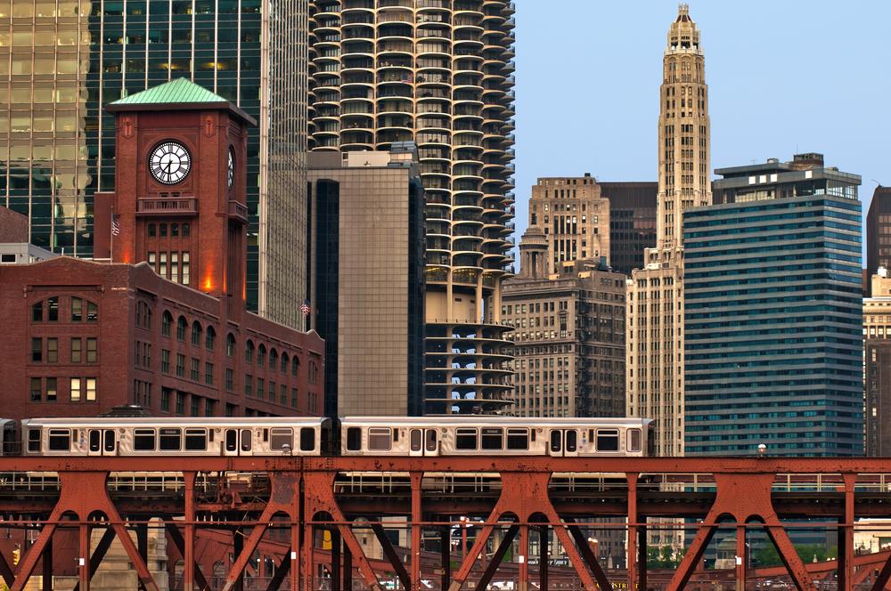 Chicago Train Over The Pridge.jpg