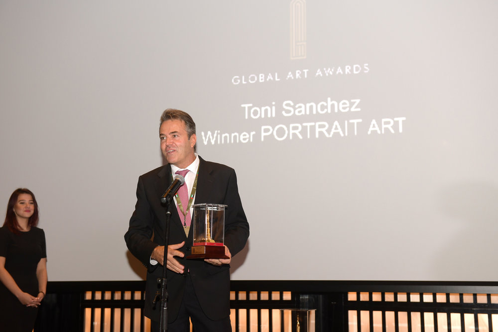 PORTRAIT ART AWARD   TONI SANCHEZ (SPAIN)