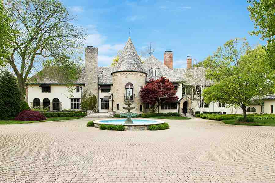 900 ADAMS CASTLE, BLOOMFIELD HILLS | $1,600,000