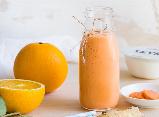 Batido Laranja   • 1 iogurte Adagio Skyr Natural • 1 cenoura • Sumo de 2 laranjas • Gengibre q.b.