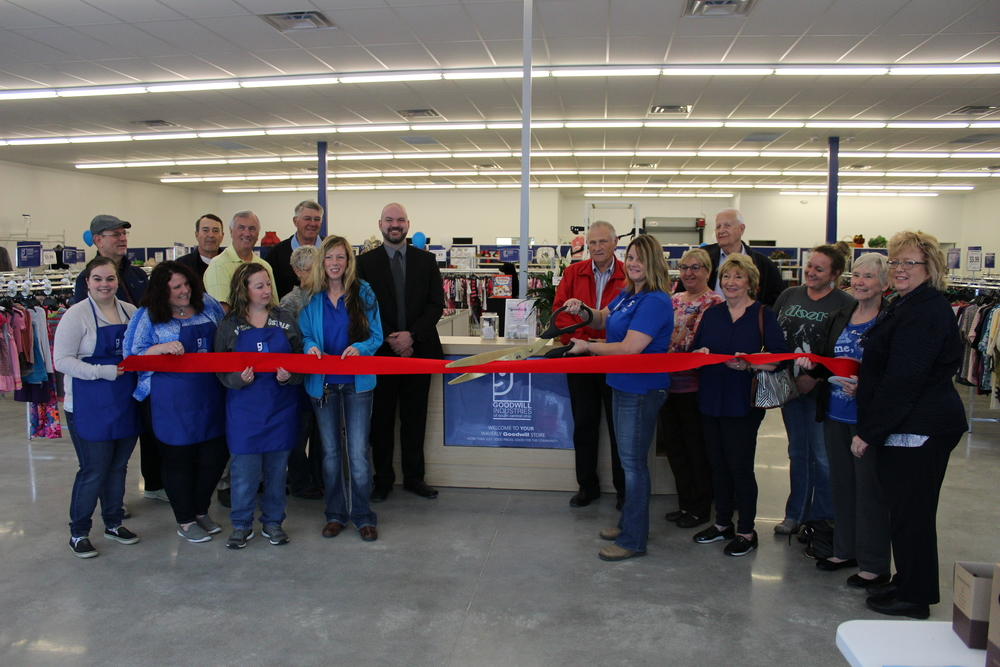 Goodwill Ribbon Cutting 5-20-2016 2016-05-20 023.JPG