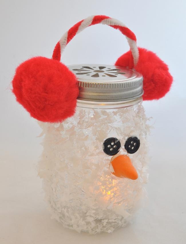 Snowman-Mason-Jar-Luminary-Holiday-Ornament-Craft.jpg