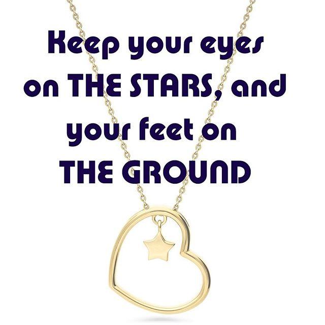 #mondaymotivation #eyesonthestars #stars #keepreachingforthestars #feetplantedfirmlyontheground #positivevibes #positivequotes #positiveenergy #startmonday #mondayalready #startofanewday #startifanewweek