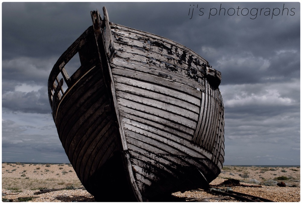 boat on dungeness beach (2011)
