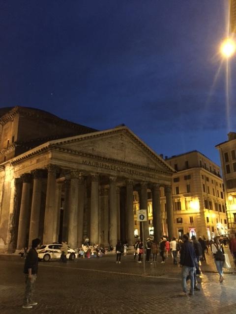 Rome 5 Pantheon.JPG
