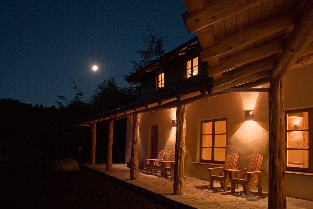 4.Lodge at night.jpg