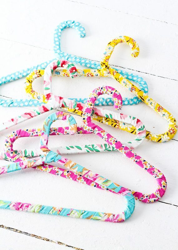 How to Make Fabric-Wrapped Hangers