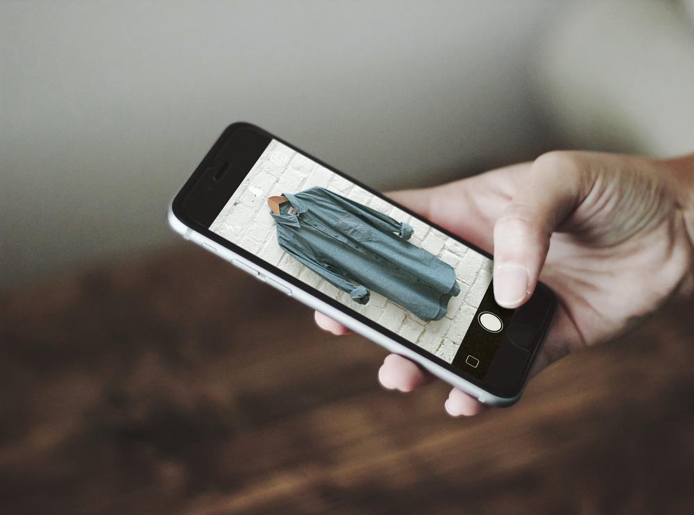 iPhone_Mockup_Screen1.jpg