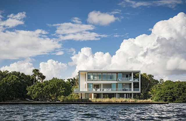 Casa Bahia, #CoconutGrove's newest mega-listing, is a 13,483 SF waterfront modern mansion. It was designed by Alejandro Landes in partnership with Zyscovich Architects and built in 2015 and won the Architizer Popular Choice A+ Award in the Architcture + Water category. The home features 7 bedrooms and 8 bathrooms with 4 kitchens and sits on 1 acre. It also features a home theater, wine room, 8 car garage/ gallery, private dock on 518 ft of waterfront and infinity pool. Currently listed for $50 Million. #LuxuryRealEstate #MiamiRealEstate • • • For more information buying, renting or selling real-estate in Miami head to DemetriDemascusMiami.com Call/ Text: 203-252-7201