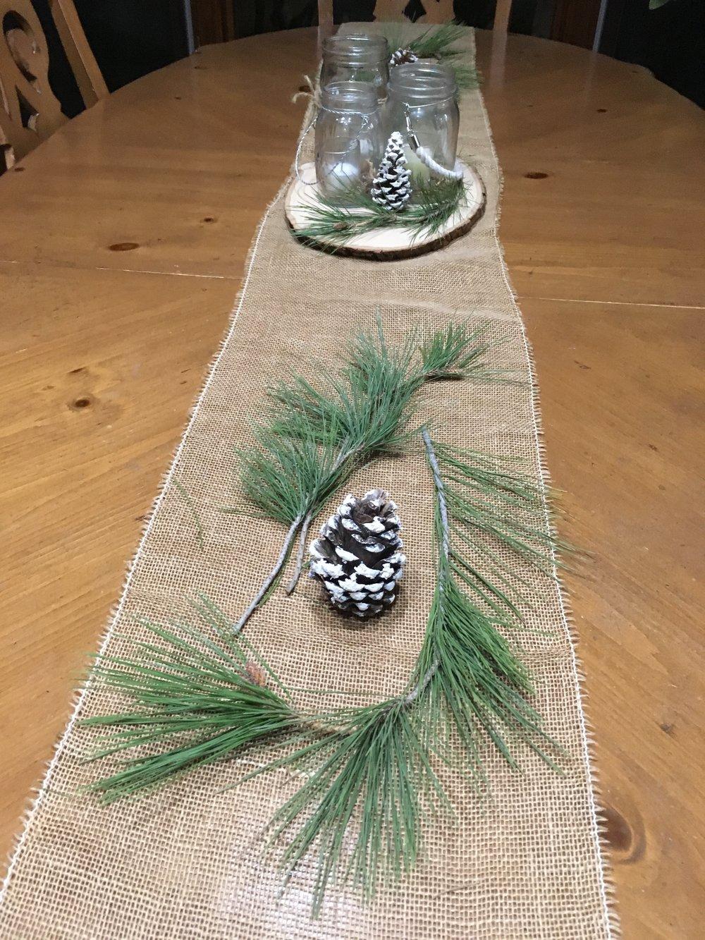 Simple table decorations - tammyblomsterberg.com.JPG