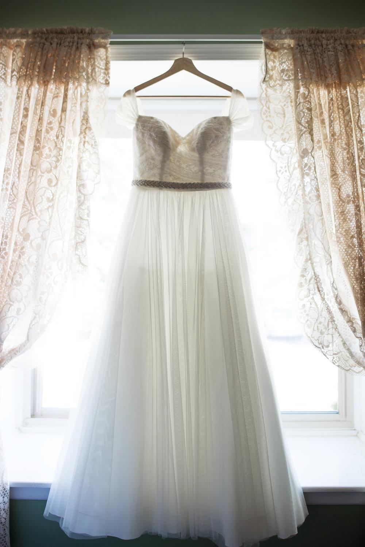 Bridal Prep (17).jpg