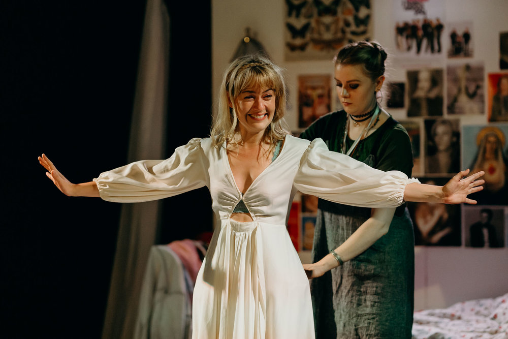 Sarah Clarke as Ophelia and Ruby Lauret as The Maid. Image: Jack Dixon-Gunn