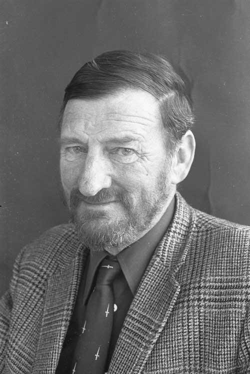 Denis Glover, 1973.Alexander Turnbull Library,1/4-021052-F.