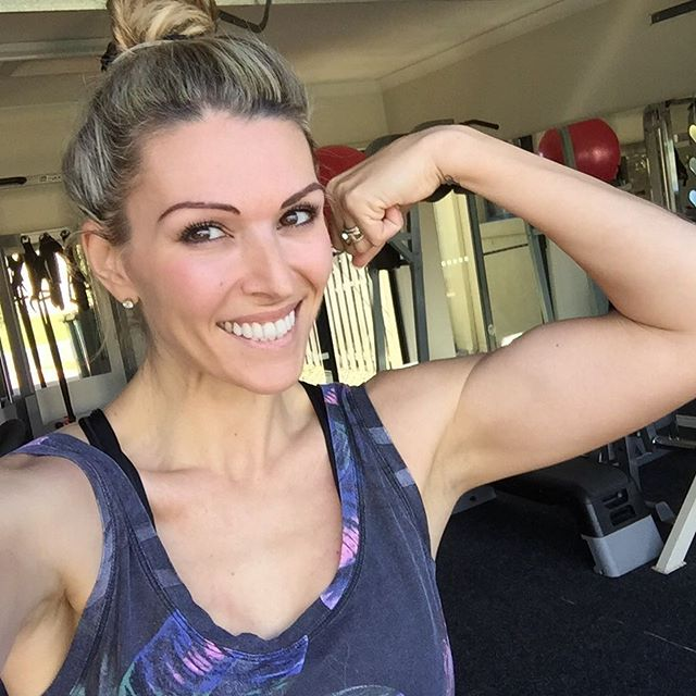 Just confirmed....Ill be at INBA Queensland Fitness Model and Bikini Championships this Sunday with @movebyminerva - Active Skincare for Active Women💃🏻💃🏻💃🏻 Look out for our banner and make sure you come say hi!!!🙋🏼 I'll literally be flying in from the USA Saturday night around 8pm, then up first thing to pick up Brix (Yayyy!!!😌), then straight up to Chandler to chat to all you babes and show you our amazing new product range🌿  It's the perfect compliment to all your hard work in the gym, nourishing your body with good food, and living a life of love and happiness💗  Seriously can't wait to get back and to see you all there🤗😘 @movebyminerva